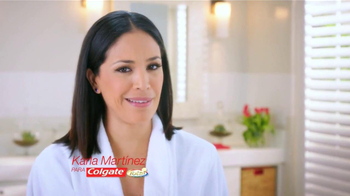 Colgate Total Adavanced TV Spot Con Karla Martínez [Spanish] - Thumbnail 2