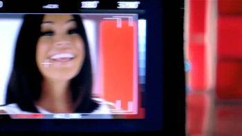 Colgate Total Adavanced TV Spot Con Karla Martínez [Spanish] - Thumbnail 4