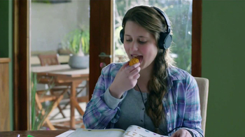Cheetos Mix-Ups TV Spot, 'Catapulta' [Spanish] - Thumbnail 4