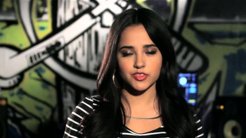 CoverGirl TV Spot, 'Premios Juventud' Con Becky G [Spanish] - Thumbnail 6