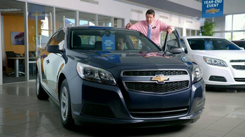 Chevrolet Malibu TV Spot, 'Moving In' - Thumbnail 2