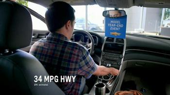 Chevrolet Malibu TV Spot, 'Moving In' - Thumbnail 3