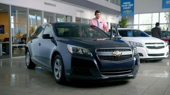Chevrolet Malibu TV Spot, 'Moving In' - Thumbnail 8
