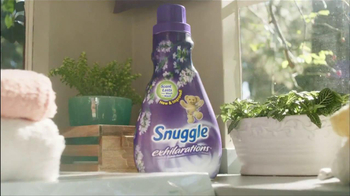 Snuggle Exhilarations TV Spot, 'Scents That Last' - Thumbnail 10