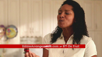Edible Arrangements TV Spot, 'Summer Dipped Fruit' - Thumbnail 9