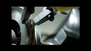 Les Schwab Tire Centers TV Spot, 'Frenos Ruidosos' [Spanish] - Thumbnail 9