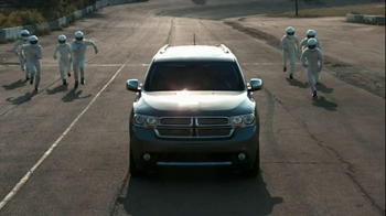 Dodge Summer Clearance Event TV Spot, 'The Dogde Way' - Thumbnail 5