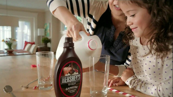 Hershey's TV Spot, 'Stir, Squeeze, Share' - Thumbnail 7