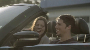 2013 Volkswagen Beetle Convertible TV Spot, 'Waking Up' Song by Cat Power - Thumbnail 6