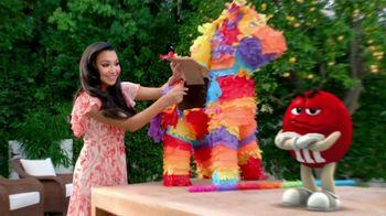 M&M's TV Spot, 'Balada de Amor' Con Naya Rivera [Spanish]