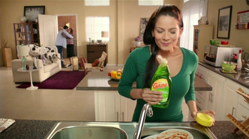 Ultra Gain Dishwashing Liquid TV Spot [Spanish] - Thumbnail 5