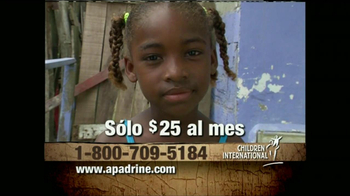 Children International TV Spot, 'Escuela' Con Julio Cedillo [Spanish] - Thumbnail 8