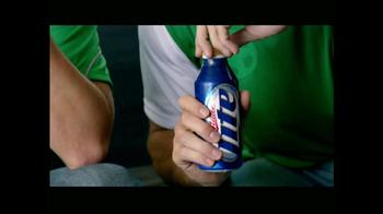 Miller Lite TV Spot, 'Una Entrada Fuerte' [Spanish] - Thumbnail 6
