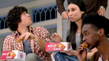 KFC Boneless Original Recipe TV Spot 'Kids on the Patio Eat the Bones' - Thumbnail 2