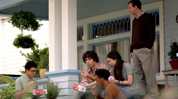 KFC Boneless Original Recipe TV Spot 'Kids on the Patio Eat the Bones' - Thumbnail 5