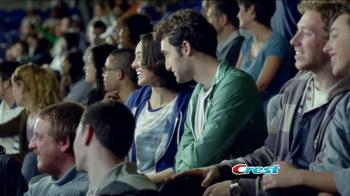 Crest Plus Scope TV Spot, 'Celebra los Audaces' [Spanish] - Thumbnail 8