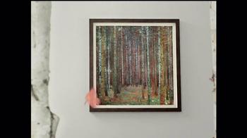 Art.com TV Spot, 'Mia and Chris's Wall Situation' - Thumbnail 6