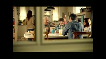 Clorox Clean-Up with Bleach TV Spot, 'Risas con Abuelo' [Spanish] - Thumbnail 1
