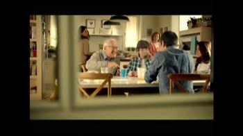 Clorox Clean-Up with Bleach TV Spot, 'Risas con Abuelo' [Spanish] - Thumbnail 2