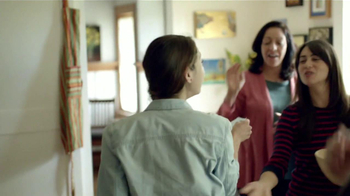 Wells Fargo TV Spot, 'Primer Cheque' [Spanish] - Thumbnail 3