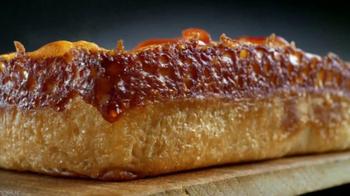 Little Caesars Deep, Deep Dish Pizza TV Spot [Spanish] - Thumbnail 3