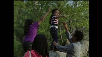 Discover the Forest TV Spot, 'La Familia' [Spanish] - Thumbnail 8