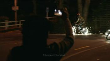 Verizon TV Spot, 'Sparklers' - Thumbnail 5