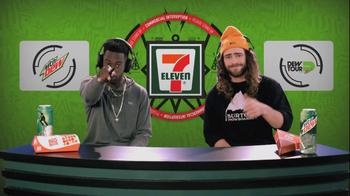 7-Eleven TV Spot, 'Awesummer' Featuring Keelan Dadd and Danny Davis - Thumbnail 9