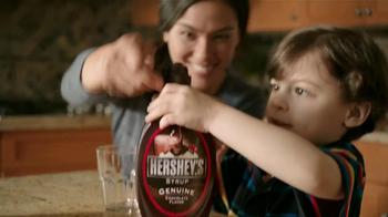 Hershey's Syrup TV Spot [Spanish] - Thumbnail 4