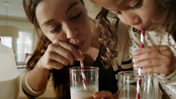 Hershey's Syrup TV Spot [Spanish] - Thumbnail 8