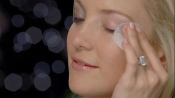 Almay Lash Care TV Spot Featuring Kate Hudson - Thumbnail 5