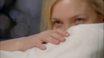 Almay Lash Care TV Spot Featuring Kate Hudson - Thumbnail 7