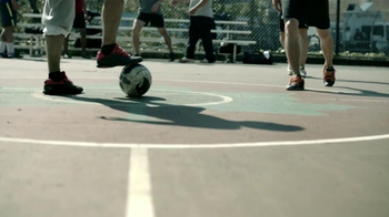 Powerade TV Spot, 'Por Qué El Fútbol' [Spanish] - Thumbnail 2