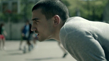 Powerade TV Spot, 'Por Qué El Fútbol' [Spanish] - Thumbnail 3
