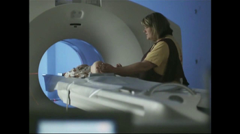 St. Jude Children's Research Hospital TV Spot, 'Contra el Cáncer' [Spanish] - Thumbnail 5