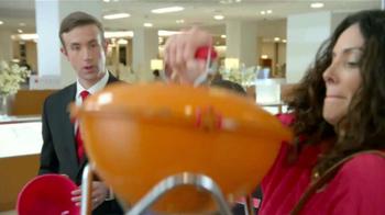 Macy's Venta del Cuatro de Julio TV Spot, 'Compras' [Spanish] - Thumbnail 6
