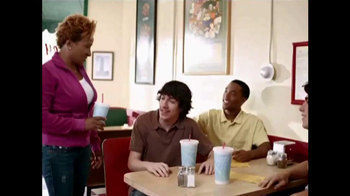 Think B4 You Speak TV Spot, 'Diner' Featuring Wanda Sykes - Thumbnail 5