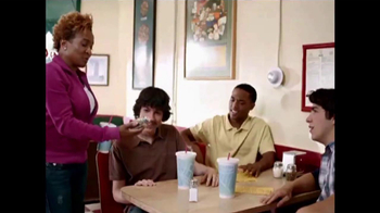 Think B4 You Speak TV Spot, 'Diner' Featuring Wanda Sykes - Thumbnail 7