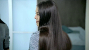 Head & Shoulders TV Spot, 'Desde Cuándo?' Con Troy Polamalu [Spanish] - Thumbnail 1