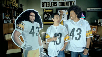 Head & Shoulders TV Spot, 'Desde Cuándo?' Con Troy Polamalu [Spanish] - Thumbnail 7