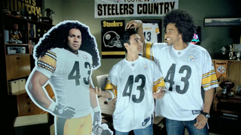 Head & Shoulders TV Spot, 'Desde Cuándo?' Con Troy Polamalu [Spanish] - Thumbnail 8