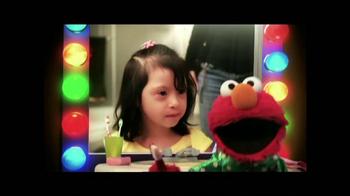 Healthy Mouths Healthy Lives TV Spot, 'Cepillar con Elmo' [Spanish] - Thumbnail 2