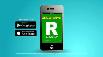 Radiulo TV Spot, 'Bailando' [Spanish] - Thumbnail 8