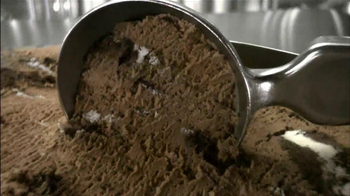 Baskin-Robbins Oreo Chocolate Ice Cream TV Spot - Thumbnail 8