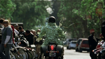 GEICO Motorcycle TV Spot, 'Money Man: Bike Rally' - Thumbnail 5