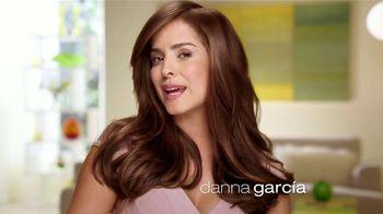 Garnier Nutrisse Nourishing Color Creme TV Spot, 'Un mejor color' con Danna García [Spanish] - Thumbnail 1