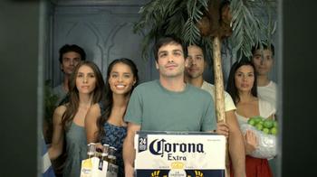 Corona Extra TV Spot [Spanish] - Thumbnail 6