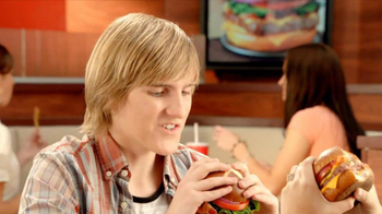 Wendy's Pretzel Bacon Cheeseburger TV Spot, 'Love at First Bite' - Thumbnail 4