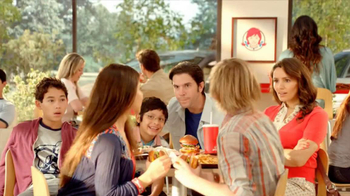 Wendy's Pretzel Bacon Cheeseburger TV Spot, 'Love at First Bite' - Thumbnail 6