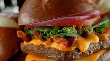 Wendy's Pretzel Bacon Cheeseburger TV Spot, 'Love at First Bite' - Thumbnail 9